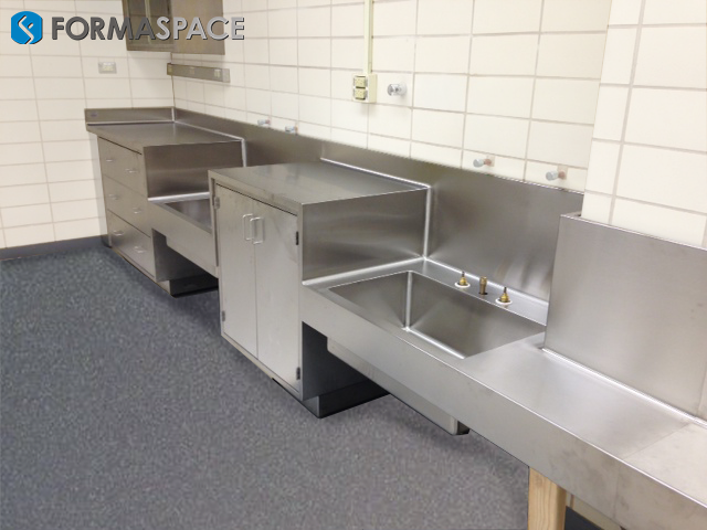 Laboratory Countertop Materials : Searching for Lab Furniture & Don?t Know Where to Start ...