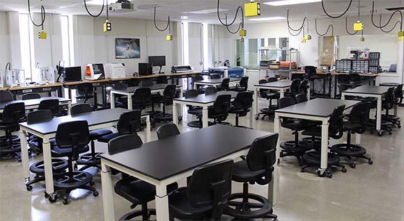 height adjustable classroom desks lab