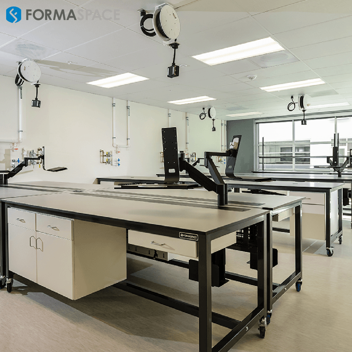 Sample Processing Lab Bench