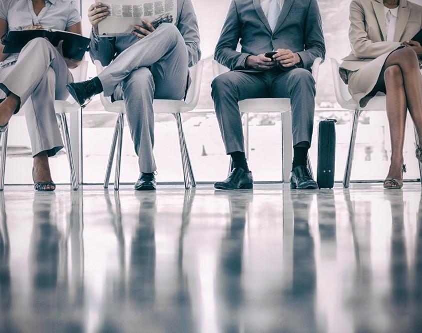 Crossed-legs-at-office-bad-habit