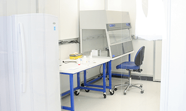 clean-room-wet-lab-fume-hood-single-bracket-tablet