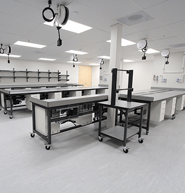 lab instrumentation mobile basix with lower cabinet storage