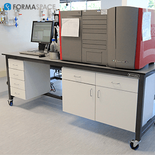 lab equipment integrated workbench on casters