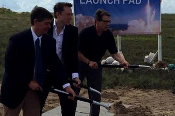 Elon Musk (center) breaks ground on new spaceport in Brownsville with Texas Governer Rick Perry (right).